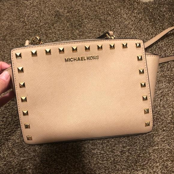 Michael Kors Handbags - Michael Kors medium Selma studded crossbody bag